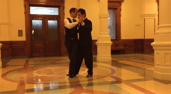Ricardo and Stephen – Tango at the Texas Capitol Building